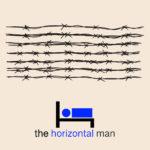L'uomo dorme durante l'olocausto